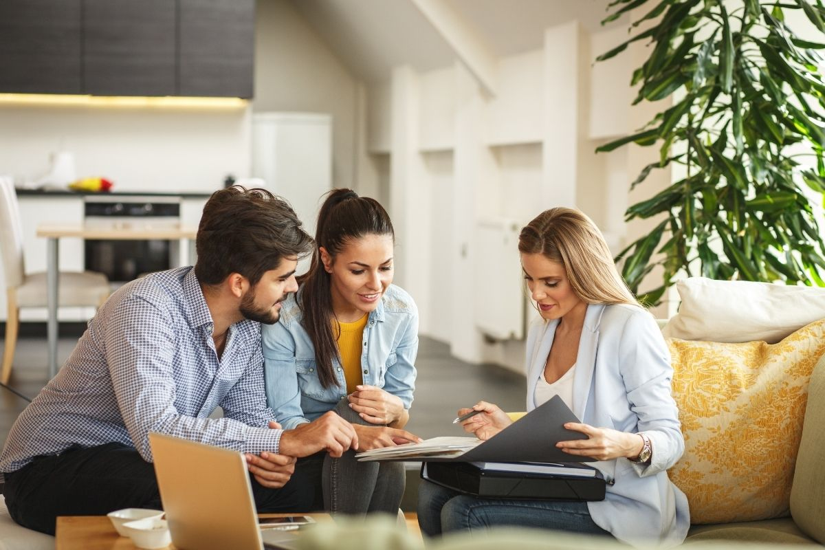 how to become a successful real estate agent 2